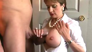 Lady.S-Hot Titjob +Cumshot
